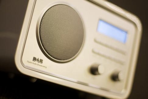 Frp vil stoppe slukkingen av FM-nettet