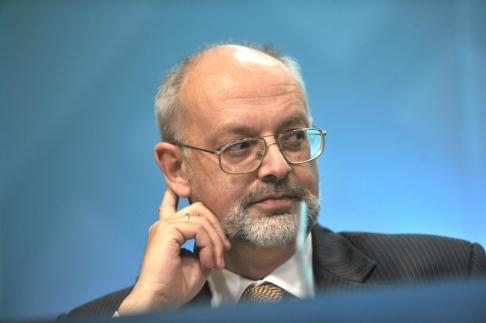 Visesentralbanksjefen: – Publikums tillit til pengenes verdi er avgjørende
