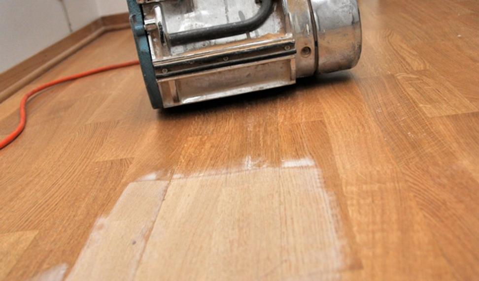 Slipe gulv eller male først