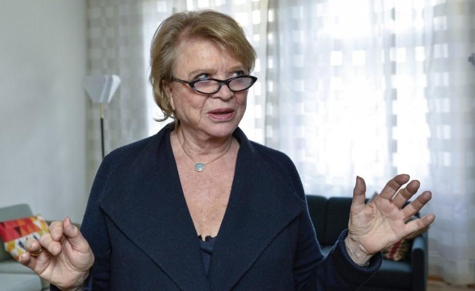 Den norsk-franske politikeren Eva Joly håper islendingene kan vise vei for en ny type demokrati. Foto: Anders Wiklund / NTB scanpix